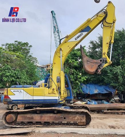 Máy đào kobelco Sk220-1